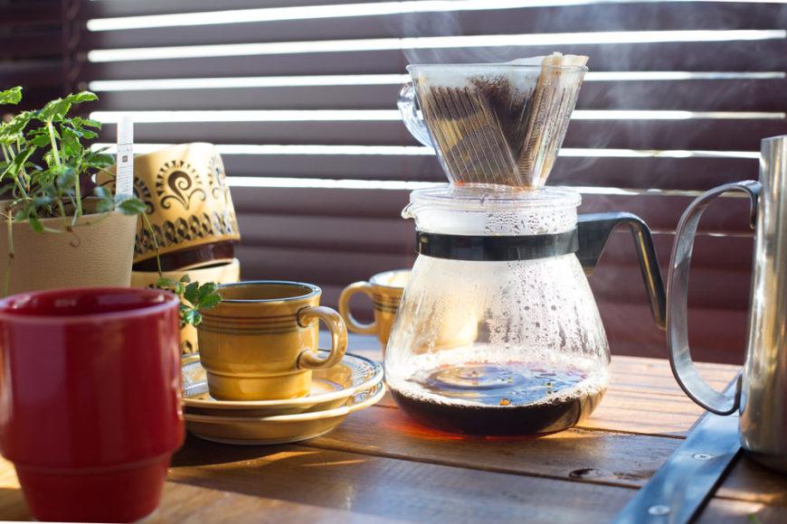 قهوه ساز دستی برای تهیه فیلتر کافی